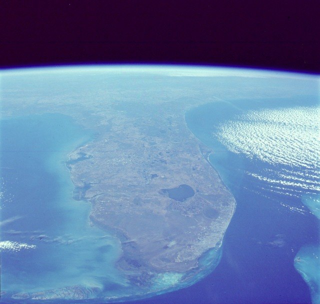 Surface Features of Earth: Planet Earth's Outer Temperature ...